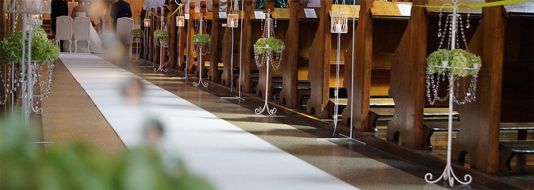 Dekoracja kościoła - ślub w Cieszynie